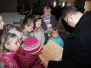 2009 - Życzenia imieninowe od dzieci dla ks. Proboszcza