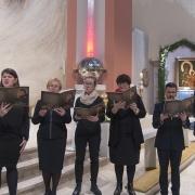 Schola Mikael z par. Chrystusa Jedynego Zbawiciela w Swarzędzu - śpiew Akatystu