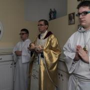 Przygotowanie do mszy swiętej.