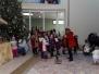 Dzieci kolędują Nowonarodzonemu Dzieciątku Jezus,