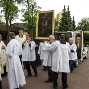 Powitanie Obrazu na placu przykościelnym.