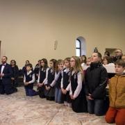 Uroczyste otwarcie Jubileuszowej Bramy Miłosierdzia.  Chórek dzieci z SPP w Kwidzyniu