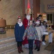 Wspólne zdjęcie ze św. Mikołajem.