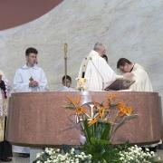 Sakrament bierzmowania, które udzielił ks. Arcybiskup Stanisław Gądecki.