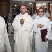 Ks. Neoprezbiter Łukasz Krawczyk odprawia Mszę Św. Sekundycyjną