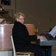 Pani Magda Kozierska-organistka.